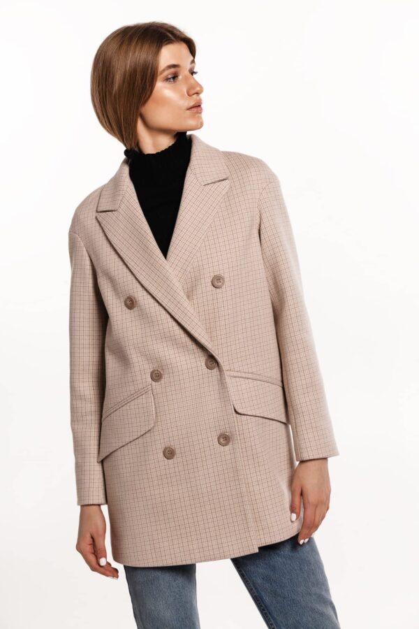 Короткое пальто в клетку