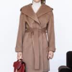 Вкорочене пальто з капюшоном