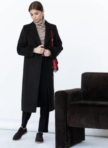 Пальто ровного кроя с манжетами