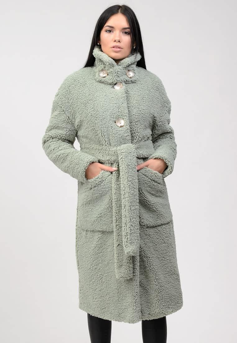 Шуба из эко меха с карманами
