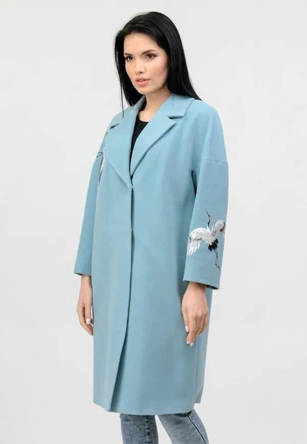 """Блакитне пальто з вишивкою """"Птахи"""""""