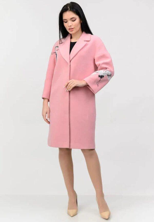 """Розовое пальто с вышивкой """"Птицы"""""""