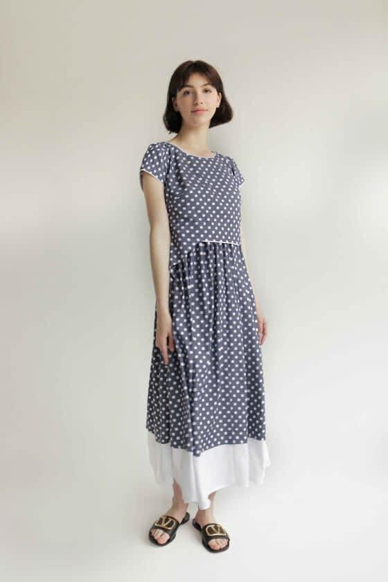 Платье в горох длины макси