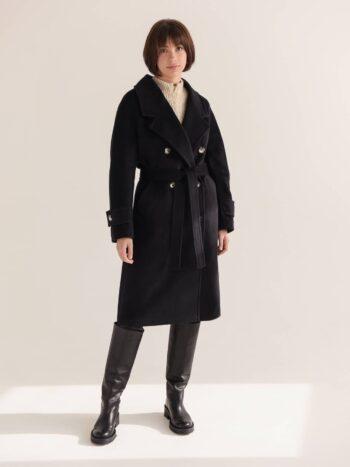 Двубортное классическое пальто с поясом